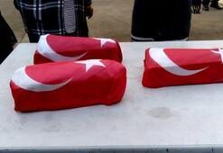 Son dakika: Türk bayraklarına sarılarak camiye getirildi Gözyaşları sel oldu