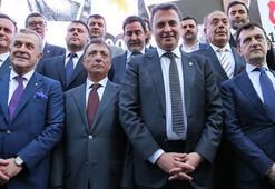 Beşiktaşta yönetimin eli kolu bağlandı