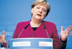Ve Merkel havlu attı
