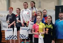 Genç badmintonculardan 7 madalya