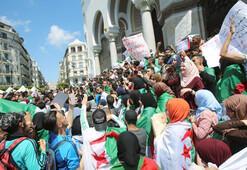 Cezayirliler Buteflika kalıntıları gitmeden seçim istemiyor