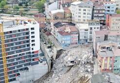 Riskli bölgedeki 19 bina boşaltıldı