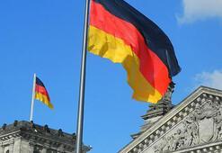 Almanyanın askeri harcamaları yaklaşık 50 milyar dolara ulaştı