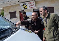 Saldırı altındaki İdlib'de DHA ekibi ölümden döndü
