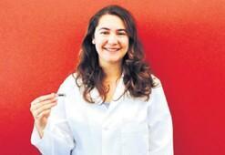 Kansere savaş açan genç Türk kadını