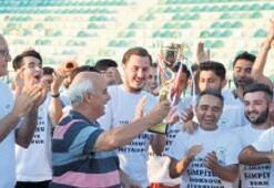 Bornova Hitabspor yenilgisiz şampiyon