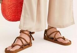 Plajda parmak arası terlik yerine giyebileceğiniz alternatifler
