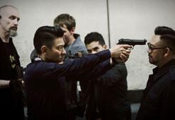 Bıçak Sırtında filmi konusu ve başrol oyuncuları