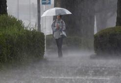 Japonyada 800 bin kişiye tahliye emri