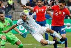 Şili, Arjantine geçit vermedi 3 gol, 2 kırmızı kart...