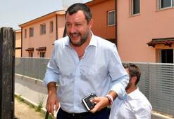 Aşırı sağcı Salviniye mermili zarf