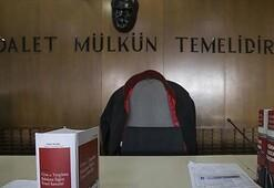 FETÖden yargılanan eski hakim ve savcı çifte ceza