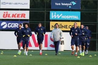 Fenerbahçe idmanında dikkat çeken görüntü