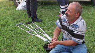 Engellilerin koltuk değnekli kavgası: 2 yaralı