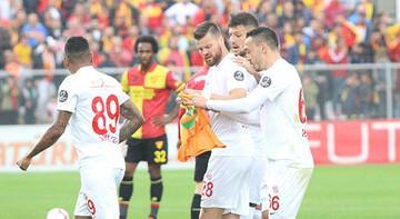 Antalyasporlu futbolculardan anlamlı hareket
